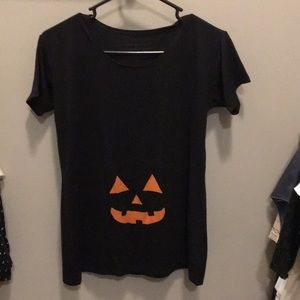 Tops - Maternity halloween shirt